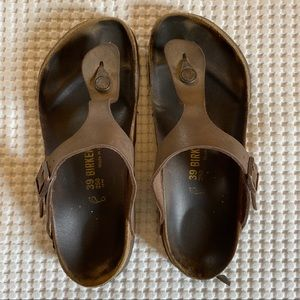 Birkenstock Gizeh Sandals - size 39 - brown